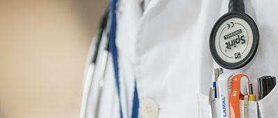 Collaborazione alla valutazione dei rischi e sorveglianza sanitaria: due degli obblighi del medico competente