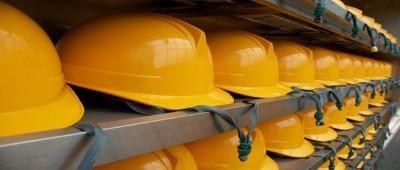 Indumenti di lavoro per gli addetti alla raccolta dei rifiuti: DPI o non DPI?